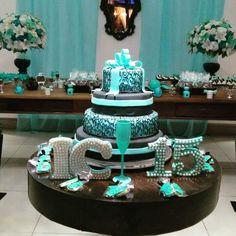 Festa classica 15 anos bolo verde agua sweet sixteen quince aos bolos decorados para 15 anos ideias modelos e fotos de bolos de aniversrio altavistaventures Images