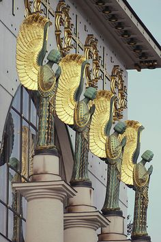 Othmar Schimkowitz angel at Otto Wagner church | JV