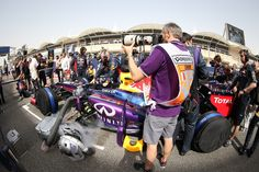 2013 Formula 1 Bahrain Grand Prix Formula 1 Bahrain, Bahrain Grand Prix, Grid, Baby Strollers, Baby Prams, Strollers, Stroller Storage