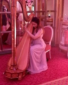 The Harp was our choice of instrument for the 2017 collection launch event at @theritzlondon this week.  Special thanks to Isabella from @sternbergclarke for playing most beautifully & @rula_parties for arranging so expertly xx . . . #sternburgclarke #harp #classical #music #weddingmusic #yevnig #uniquecakes #eventprofs #luxuryevents #londonparty #weddingplanner #uniquelyyevnig #theritzlondon #theritz #marieantoinette by uniquecakesbyyevnig.  luxuryevents #classical #harp #uniquelyyevnig…