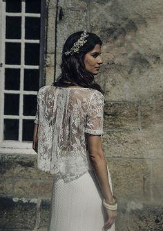 Incredibly Chic Wedding Gowns: Laure de Sagazan by www.laurentnivalle.fr