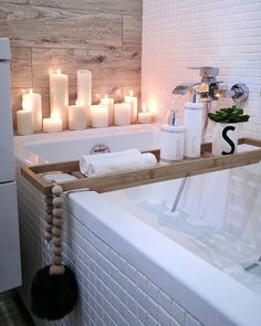 Minimal yet cozy bathroom. Love the candles. 25 Ways to Fill Your Life with Hygge – Midlife Rambler. Hygge at its best! decor cozy bathroom 25 Ways to Fill Your Life with Hygge Cozy Bathroom, Bathroom Interior, Small Bathroom, Bathroom Ideas, Bathroom Candles, Bathroom Remodeling, Master Bathrooms, Spa Bathroom Decor, Spa Inspired Bathroom
