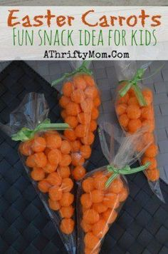 Easter Carrots, Cheeto or Cheese Puffs carrots for Easter. Easy snack ideas for kids, all you need is Cheese Puffs, Ribbon and a Frosting ba. Easter Carrots Fun Snack - A few years ago my daughter got a Easter Snacks, Easter Brunch, Easter Treats, Easter Recipes, Holiday Recipes, Easter Food, Snacks Kids, Easter Stuff, Easter Dinner