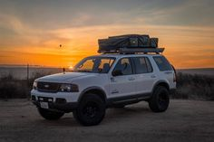 In this article, we will show you Ford Explorer 33 inch tires vs and tell which lift height is required to install them on your or generation model. Required tire size and and suspension spacer lift options. Lifted Ford Explorer, Ford Mustang Wallpaper, Overland Gear, Suv Models, Explorer Sport, Ford Excursion, Lifted Ford Trucks, Ford Expedition, Cars