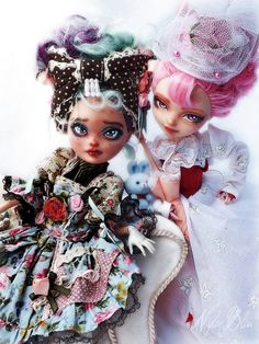 LIttle Family - two fabulous ever after high repainted by artist Keberneteka (monster High Doll)