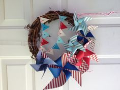 Fourth of july wreath pinwheels with banner