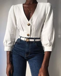 The basic white shirt and blue jeans combo 💥~ Yayy or Nay ⁉️ _______________________________________________ . Source by karolinapolka clothes fashion moda Classy Outfits, Fall Outfits, Casual Outfits, Cute Outfits, Look Fashion, Fashion Outfits, Womens Fashion, White Shirt And Blue Jeans, Fashion Magazin