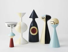 Wooden Dolls by Sarah K – photo by Andy Lewis (I like the guy on the far right – so cute!)