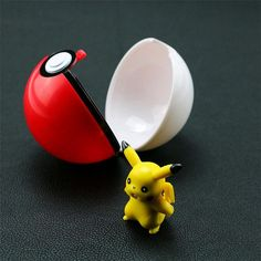 2016 New Pokemon Ball+Pikachu Figures ABS Anime Action Figures Pokemon PokeBall Super Masters Pokemon Ball Kids Toys(China (Mainland))