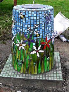 Sun Dial ~ mosaic A future art project . Mosaic Birdbath, Mosaic Garden Art, Mosaic Flower Pots, Mosaic Pots, Mosaic Birds, Mosaic Diy, Mosaic Crafts, Mosaic Projects, Mosaic Glass