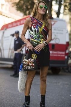 Anna Dello Russo is looking fabulous at this years fashion week in Milan