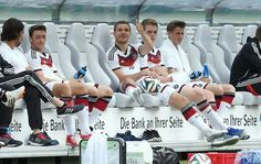 Chill Germany Team, White Jeans, Cute, Moment, Chill, Twitter, Fashion, Kawaii, Moda