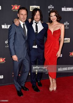 Norman Reedus Photos - Actors Andrew Lincoln, Norman Reedus, and Lauren Cohan attend the season 5 premiere of 'The Walking Dead' at AMC Universal City Walk on October 2014 in Universal City, California. - 'The Walking Dead' Season 5 Premiere The Walking Dead, Walking Dead Series, Walking Dead Season, Walking Dead Premiere, Glenn Y Maggie, Universal City Walk, Lauren Cohen, Andrew Lincoln, Daryl Dixon