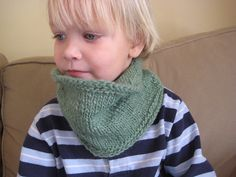 Note: If you want to ensure that the cowl doesn't roll regardless of gauge and yarn, begin and end with rows of garter stitch (since this pattern is knit in the round, you will have to knit one round, purl the next, and repeat those two rows) or ribbing. Finger Knitting, Knitting For Kids, Baby Knitting, Snood Knitting Pattern, Knitting Patterns, Stitch Patterns, Knit Or Crochet, Crochet Scarves, Toddler Cowl