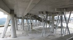 Vigo, Campus Universitário. Enric Miralles y Benedetta Tagliabue EMBT, via Flickr.