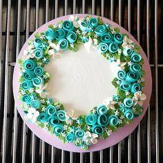 buttercream ribbon roses