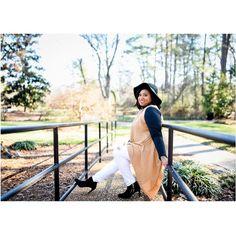 #bloggerstyle #outdoorphotoshoot #bloggerpose #denisebensonphotography #freelynat #photoshoot #ootd