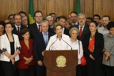 """DIDA SAMPAIO / ESTADAO - """"Eu estou pronta para resistir com todos os meios legais. Eu lutei a minha vida inteira e vou continuar lutando. Agradeço a todas as pessoas que foram para as ruas gritar um não imenso, do tamanho do Brasil, um não ao golpe"""", disse a presidente afastada Dilma Rousseff"""