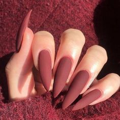 40 of the best fall nail colors, ideas & designs ranging from coffin nails, stilleto nails, long short nude colors & multicolored hues. Grunge Nails, Swag Nails, French Gel, Fall Acrylic Nails, Autumn Nails, Fire Nails, Dream Nails, Nagel Gel, Stylish Nails