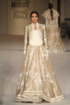 Rohit Bal. SR 16'. Indian Couture.
