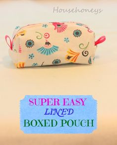 Two Easy Ways to Line a Boxed #Cosmetic Pouch. Perfect for holding glasses, change or makeup, this boxed pouch is easy to make and needs just fabric scraps to complete. Oh, and it takes less than an hour!