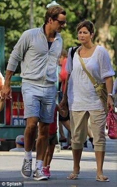 #Roger #Federer #TheGreatest #family #Mirka Federer Twins, Roger Federer Family, Mirka Federer, Cute Twins, Myla, Adidas Zx, Rafael Nadal, Tennis Players, Style Icons