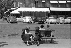 Paris 6ème - les Deux Magots - Place Saint-Germain des Près - années 1950 © Maurice Bonnel