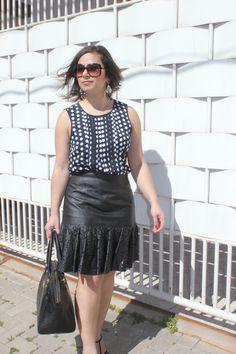 E a saia vai para escritório em um look cheio feminino e confortavel