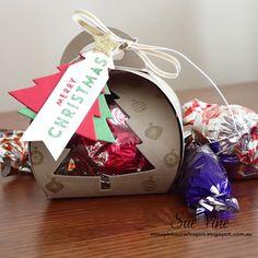 Curvy Keepsake Box | Miss Pinks Craft Spot: Sue Vine #curvykeepsake #stampinup #christmas #giftbox