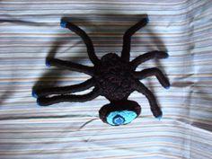 araña negra ciclope