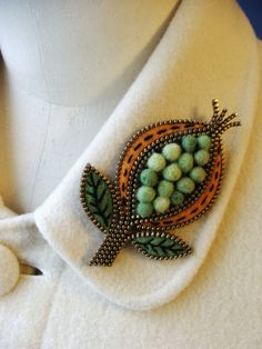 I LOVE this woman's creativity! Wool felt and zippers! She has a great Etsy shop: woolyfabulous   go see!