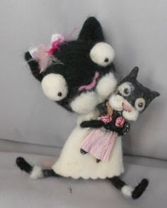 Kitty and her dolly Ooak - needle felted doll by papermoongallery