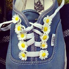 Tennies with daisies....screams Saturday adventures in Summer. ♥♥:-D