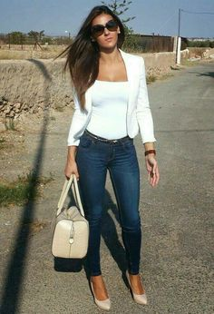 Simple, sexy and sleek exactly my style http://womenfashionparadise.com/