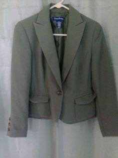 Women's Evan Picone Short Blazer With Collar Size 6P #EvanPicone #Blazer