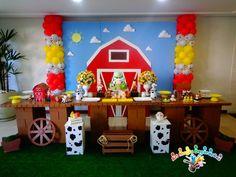 colheres Farm Animal Party, Barnyard Party, Farm Party Decorations, Birthday Decorations, Horse Birthday, Farm Birthday, 2nd Birthday Party Themes, Boy Birthday Parties, First Birthdays