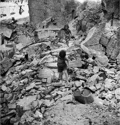 Children playing in the ruins of the Gestapo building in Vienna. The building was on Franz Joseph Kai, which was heavily bombarded by the guns of German defenders during their last ditch stand against the Soviets in April 1945 London Bombings, Calm After The Storm, Magnum Photos, Historical Pictures, Vietnam War, Vintage Pictures, Cool Eyes, World War Ii, Tanks