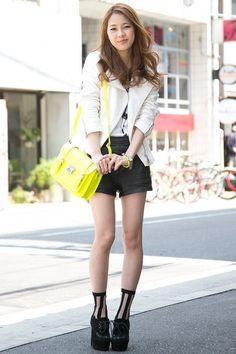 Japanese Street Fashion Japanese Streets, Japanese Street Fashion, Street Snap, Nice Legs, Lolita Fashion, Beauty Women, Asian Girl, Cute Outfits, Kawaii