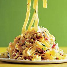 Pasta Carbonara with Corn and Chiles | http://www.rachaelraymag.com/Recipes/rachael-ray-magazine-recipe-search/rachael-ray-30-minute-meals/pasta-carbonara-with-corn-and-chiles
