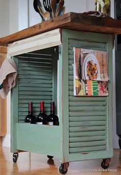 Wood Shutters - Kitchen Island - DIY Re-purposed Shutter Island.old shutters, wooden drawer pieces of wooden molding make this fabulous small kitchen island! Shutters Repurposed, Home Projects, Redo Furniture, Diy Furniture, Shutter Island, Barn Wood, Wood Projects, Repurposed Furniture, Home Diy