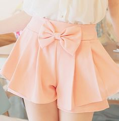 I want the black ones Pretty Outfits, Cute Outfits, Skirt Fashion, Fashion Outfits, Bow Skirt, Short Dresses, Girls Dresses, Culottes, Tokyo Fashion