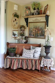 Creative Country Mom's: Vintage-Style Decor - New Fall Look for the Antique Church Pew