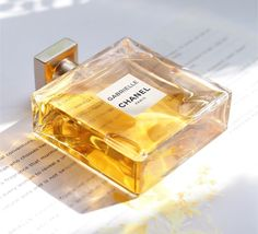 Chanel Gabrielle Fragrance Review / British Beauty Blogger #chanel #chanelfragrance #perfume #bbloggers #beauty