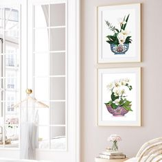 """Michelle Grayson on Instagram: """"A little bit of pink for my Insta feed this Thursday afternoon. It looks lovely, soft and feminine while showing the lovely pinks and blues…"""" White Art, Blue And White, Chanel Art, Thursday Afternoon, White Prints, Ginger Jars, Chinoiserie, Blues, Gallery Wall"""