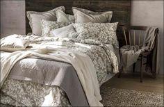Afbeeldingsresultaat voor zara home 2016 Zara Home, Bed Styling, Home Textile, Comforters, Follow Follow, Blanket, Uae, Interiors, Furniture