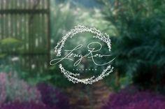Long Row Lavender → http://typesetdesign.com/project/long-row-lavender
