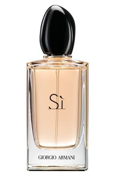 Looking for Giorgio Armani Si Eau Parfum ? Check out our picks for the Giorgio Armani Si Eau Parfum from the popular stores - all in one. Perfume Armani, Parfum Giorgio Armani, Armani Fragrance, Perfume Lady Million, Perfume Hermes, Vintage Style, Makeup, Beauty, Salud