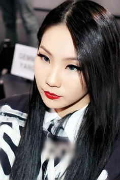 Find images and videos about kpop, and korean girl on We Heart It - the app to get lost in what you love. Cl 2ne1, Kpop Girl Groups, Korean Girl Groups, Kpop Girls, Nice Makeup, Cl Rapper, K Pop, Chaelin Lee, Updos
