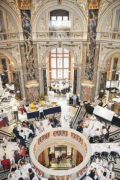 Dinner at Kunsthistorisches Museum Wien. Arthistory museum Vienna. KHM