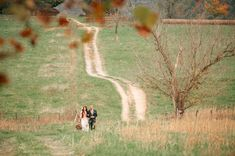 love this gorgeous, long walk the bride took!